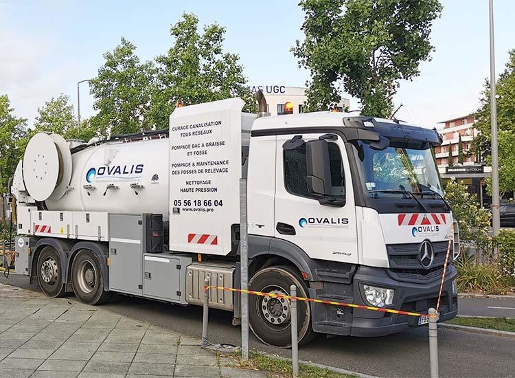 camion pour entretien d'assainissement ovalis